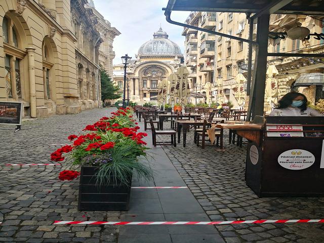 В Букурещ се затварят игралните зали, баровете, клубовете и дискотеките, маските стават задължителни в рамките на 50 метра от училищата