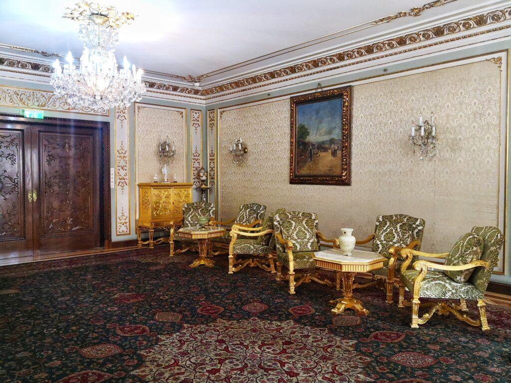 Луис XIV Къщата на Чаушеску