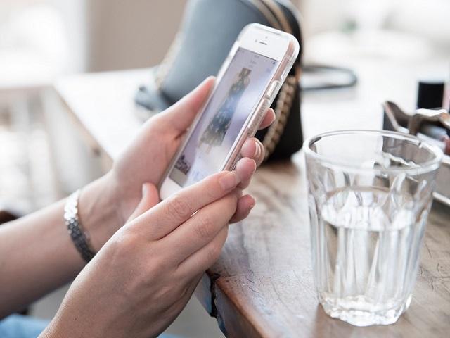 1 от 3 румънци възнамерява да отдели до 100 евро/месечно за онлайн пазаруване това лято