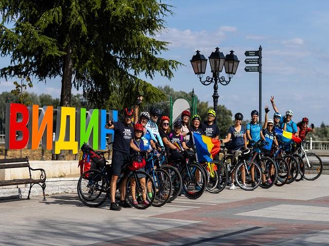 Над 140 колоездачи стартираха от Видин по най-популярния веломаршрут на Балканите